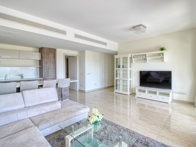 Двуспальные апартаменты в Лимассоле, Limassol Marina