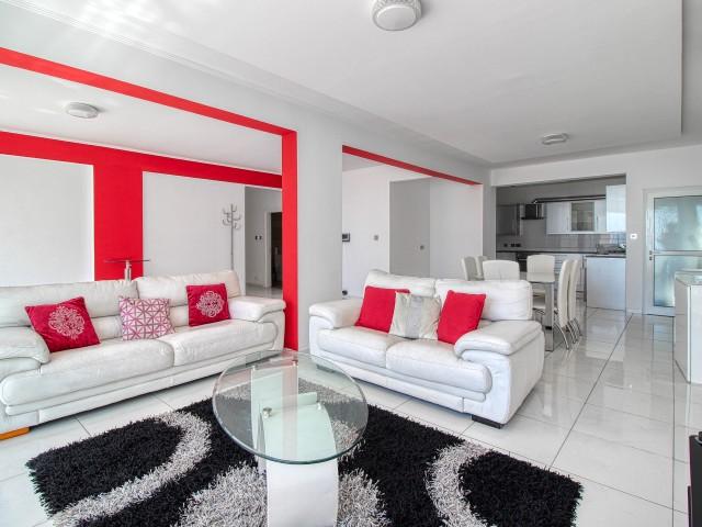Трехспальные апартаменты в Лимасоле, Neapolis