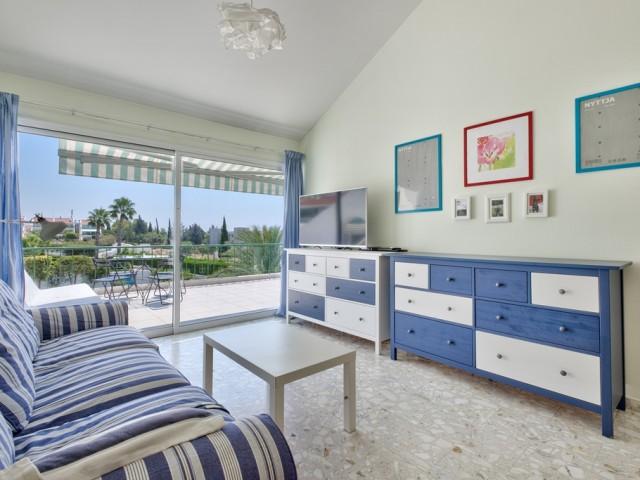 Односпальные апартаменты в Лимассоле, East Beach