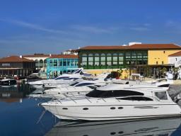 Роскошная вилла с 3 спальнями в Лимассоле, Limassol Marina