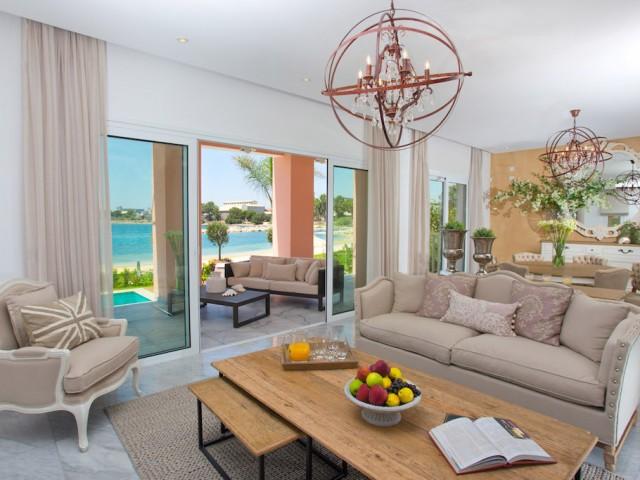 Роскошная вилла с 3 спальнями в Лимассол Марина