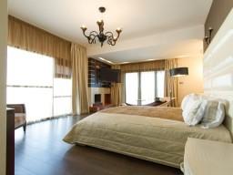 Вилла с 7 спальнями в Лимассоле, Polemidia