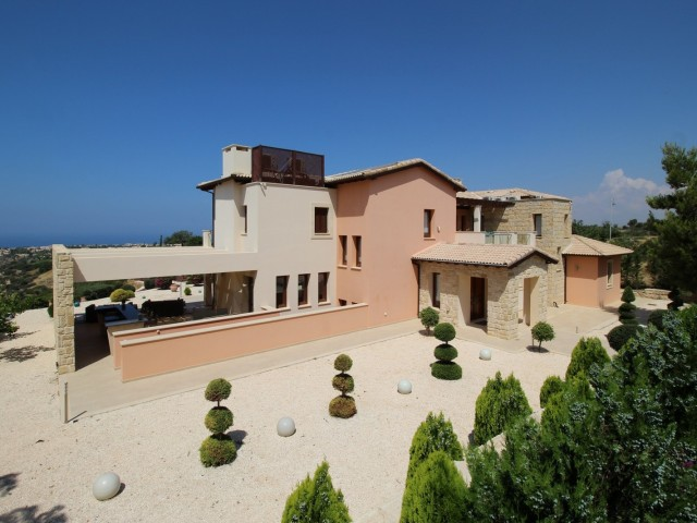 Роскошная вилла в Пафосе с 5 спальнями, Kouklia