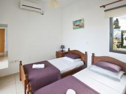 Вилла с 4 спальнями в Протарасе