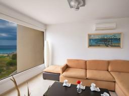 Апартаменты с 3 спальнями в Протарасе