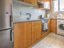 Двуспальные апартаменты в Пафосе, Universal