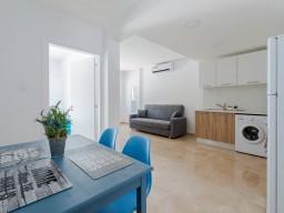 Двуспальные апартаменты в Ларнаке, Oroklini