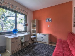 Вилла с 4 спальнями в Лимассоле, East Beach