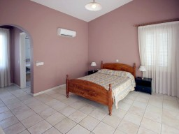 Вилла в Пафосе с 3 спальнями, Sea Caves