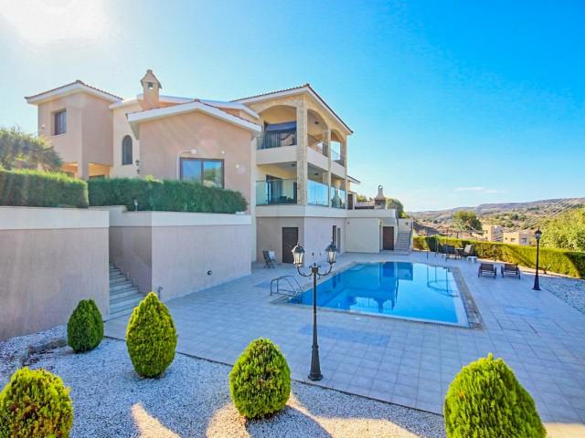 Вилла в Пафосе с 4 спальнями, Letymvou