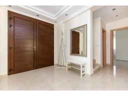 Вилла в Пафосе с 4 спальнями, Peyia