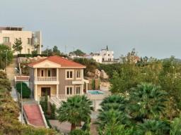 Пятиспальная вилла в Лимассоле, Agios Tychonas