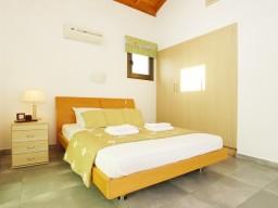 Вилла с 3 спальнями в Айя Напе, Ayia Thekla