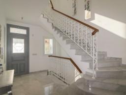 Вилла в Лимассоле с 3 спальнями, Limassol Marina