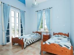 Вилла в Пафосе с 4 спальнями, Argaka